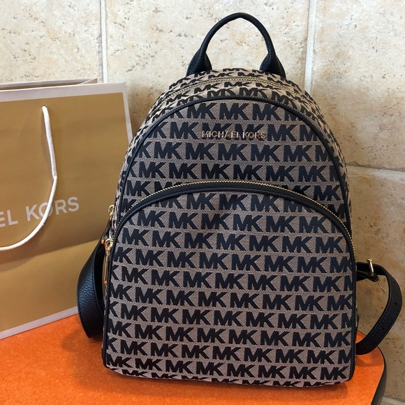 d4ff8ed4c85179 Michael Kors Bags | 298 Backpack Mk Handbag Abbey Bag | Poshmark